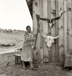 Dorothea Lange, photo by Sally Mann Old Pictures, Old Photos, Vintage Photos, Time Pictures, Antique Photos, Rare Photos, Dorothea Lange Photography, Dust Bowl, Great Depression