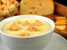 Receita de Sopa de Batata com 3 queijos - Tudo Gostoso
