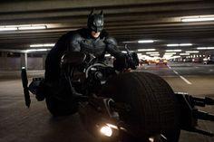 Christian Bale as Batman in The Dark Knight Rises by Christopher Nolan Batman Vs, Bale Batman, Batman Film, The New Batman, Lego Batman, Superman 2, Batman Christian Bale, Batman Workout, Superhero Workout