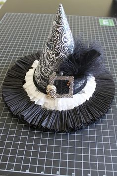 I'm working on some witch hats for Halloween made out of paper. Samhain Halloween, Halloween Hats, Holidays Halloween, Halloween Ideas, Black Hats, Celebrate Good Times, Witch Hats, Veils, Holiday Decorations