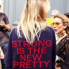 Directo del street style de #Paris nuestro mantra para esta semana.  : @lorealhair . . . #strong #inspiration #women #fashionweek #paris #pretty #girl #feminism #pfw via MARIE CLAIRE MEXICO MAGAZINE OFFICIAL INSTAGRAM - Celebrity  Fashion  Haute Couture  Advertising  Culture  Beauty  Editorial Photography  Magazine Covers  Supermodels  Runway Models