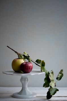 Apples / Image via: Desserts for Breakfast #fall #foods