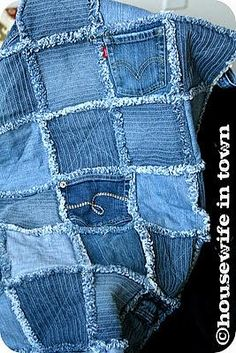 Quilt Inspiration: Free pattern day ! Denim quilts... Old jeans that no longer fit