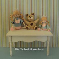 dolls and teddy bear by Nati  http://natiquill.blogspot.com/2010/09/bonecas-dolls.html