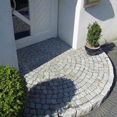 Natursteinpflaster_Naturstein_Pflaster_Granitpflaster_Kreis.jpg 800×800 Pixel