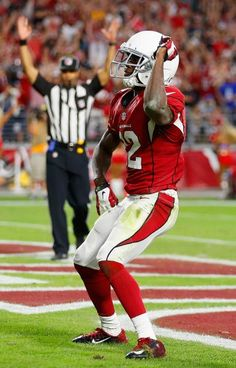 John Brown : Must-see photos from NFL Week 10 Top Soccer, Football And Basketball, Baseball Games, Cardinals Football, Nfl Arizona Cardinals, Nfl Week, Baltimore Colts, Latest Sports News, National Football League