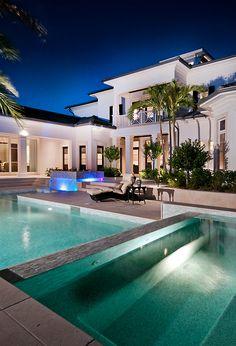 .: Luxury Prorsum :. (luxuryprorsum.tumblr.com  http://luxuryprorsum.tumblr.com/