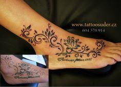 Tetovaní Hořice tattoo Hořice Dobra voda u Hořic Hand Henna, Tattoo Studio, Hand Tattoos, Ink, Inspiration, Ceiling, Tattoo Art, Biblical Inspiration, India Ink