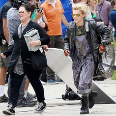 Kate McKinnon's Ghostbusters costume is actually epically stylish, and I'm stealing it as inspiration for my everyday wardrobe. See how I'm…