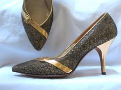 Vintage 1960s glittery gold leather stiletto shoes.