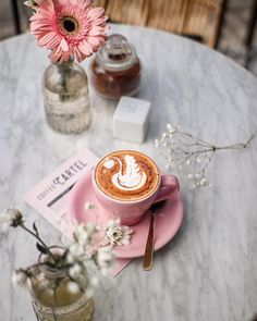 1,453 отметок «Нравится», 40 комментариев — Vanissa Karis (@vanissakaris) в Instagram: «The first proper coffee I ever had in my whole week in Bali. #VKmapBali #coffeesesh . . . . . . .…»