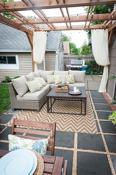 30 Pretty Backyard Patio Ideas On A Budget. 30 Pretty Backyard Patio Ideas On A Budget - Trendecora. Ideas for small backyard patios are endless! Don't be discouraged if your backyard is tiny and you think it cannot […] Backyard Patio Designs, Backyard Pergola, Diy Patio, Cozy Backyard, Pergola Designs, Pergola Ideas, Pergola Kits, Landscaping Ideas, Deck Design