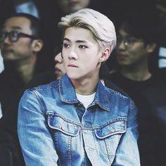 his iconic blonde hair was everything. - #memes#kpopmemes#korea#kpop#exo#got7#redvelvet#twice#blackpink#sf9#shinee#suju#snsd#bigbang#bts#gfriend#monstax#sistar#nct#fx#aoa#wondergirls#2pm#2am#exid#shinee#kard#jaebum#igot7#sehun#ohsehun
