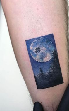 50 Best Tattoos from Amazing Tattoo Artist Eva Krbdk - Doozy List - FeedInspire Unique Tattoos, Small Tattoos, Cool Tattoos, Awesome Tattoos, Interesting Tattoos, World Travel Tattoos, Famous Tattoo Artists, Professional Tattoo, Arm Tattoos