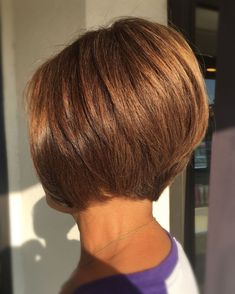 50 Modern Haircuts for Women over 50 with Extra Zing - Nape-Length Cinnamon Brown Bob - Inverted Bob Hairstyles, Short Bob Haircuts, Modern Haircuts, Straight Hairstyles, Cool Hairstyles, Medium Hairstyles, Braided Hairstyles, Wedding Hairstyles, Hairstyle Men