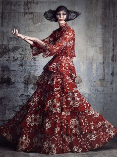 6053_LI_VF_FASHION_080_VALENTINO_165_V4