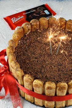 Paine cu faina integrala de secara si seminte - CAIETUL CU RETETE Romanian Food, Cupcakes, Dessert Recipes, Desserts, Christmas Cookies, Mousse, Panna Cotta, Cheesecake, Food And Drink