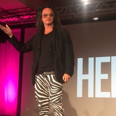 Blog Post - Events vs. Experiences... This is David Shing of AOL Speaking at CEMA Summit