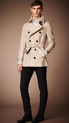 ab39ff940ed605 The Sandringham - Short Heritage Trench Coat   Burberry Comme Des Garcons,  Couture, Trench