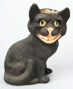 Scary Halloween cat  //vintage papier mache Lantern/Candy Container