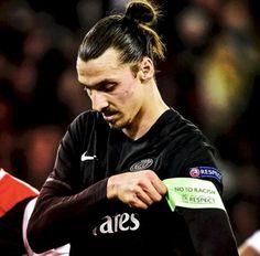 Top 100 Zlatan Ibrahimović part 2 photos Paris Saint Germain Fc, 2 Photos, Dream Guy, Psg, The 100, Soccer, Football, Humor, Guys