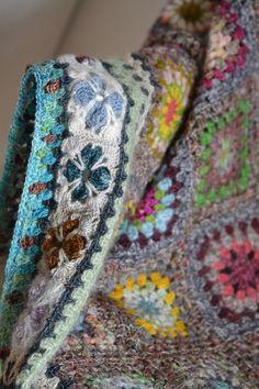 Crochet blanket, sampler, sort of. Crochet blanket, sampler, sort of. Motifs Granny Square, Granny Square Blanket, Granny Square Crochet Pattern, Crochet Granny, Crochet Baby, Knit Crochet, Granny Squares, Crochet Blanket Edging, Crochet Quilt