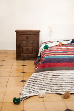 The Dancing Queen. Moroccan Pom Pom Blanket, Wool, Bed Cover, Throw, Quilt, Blanket, Multi