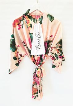 Floral Bridesmaid Robes make a cute gift for the girls in your bridal party! Wedding Bridesmaids, Bridesmaid Gifts, Floral Bridesmaid Robes, Robes For Bridesmaids, Bridesmaid Jewelry, Bridal Party Robes, Wedding Events, Wedding Ideas, Weddings