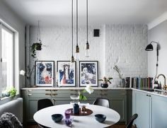 Beautiful green kitchen ideas. Scandinavian interior decoration and how to choose pendant according to ceiling height.