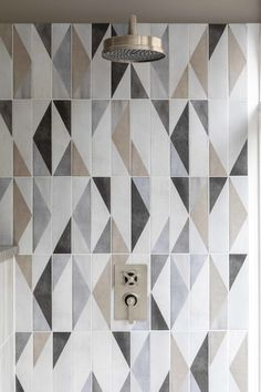 Discover timeless bathroom tile trends that look stunning for years to come, including marble tiles and concrete-effect flooring, by Mandarin Stone. Modern Bathroom Tile, Bathroom Tile Designs, Minimalist Bathroom, Bathroom Colors, Bathroom Interior Design, Small Bathroom, Bathroom Showers, Bathroom Wall Tiles, Beige Bathroom