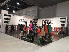 Triumfo exclusive and expert dealer network serve the client with a full range of designs and in-depth scope of exhibit idea, tarde show arrangements, patterns, and relevant trade show exhibits and event management.
