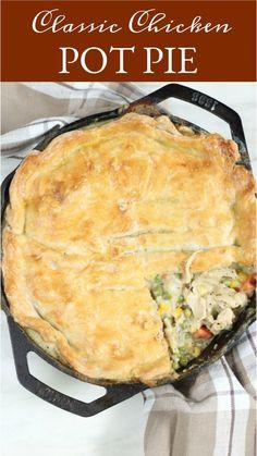 Homemade Pie Crusts, Pie Crust Recipes, Homemade Recipe, Pot Pie Crusts, Casserole Recipes, Hamburger Casserole, Recipe Recipe, Iron Skillet Recipes, Cast Iron Recipes