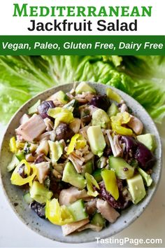 If you're unfamiliar with jackfruit and how to cook with it, start with this easy vegan Mediterranean jackfruit salad. It's fresh tasting, gluten free, dairy free, and paleo friendly. Vegan Recipes Videos, Paleo Recipes, Real Food Recipes, Dinner Recipes, Easy Recipes, Dinner Ideas, Sin Gluten, Gluten Free, Dairy Free