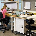 Lista mobile or stationary studio benches provide the ideal work area.