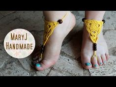 Descalza - Sandalia sin suela a crochet TUTORIAL - YouTube Scarf Jewelry, Body Jewelry, Hippie Crochet, Crochet Barefoot Sandals, Spider Girl, Crochet Blouse, Bare Foot Sandals, Blouse Dress, Ankle Bracelets