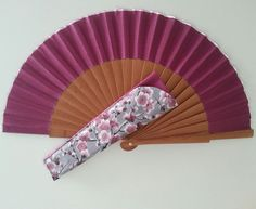 Funda abanico Couture, Hand Fan, Patches, Pouch, Fashion, Tela, Ladies Accessories, Diy And Crafts, Creativity