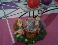 http://www.ebay.fr/itm/Snowglobe-lady-and-the-tramp-la-belle-et-le-clochard-disney/172253508934?_trksid=p2047675.c100010.m2109