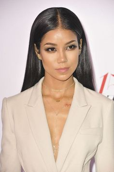 Jhene Aiko - Harper's Bazaar Celebrates 150 Most Fashionable Women in West Hollywood Loose Braids, Long Box Braids, Jhene Aiko, West Hollywood, Beautiful People, Beautiful Women, Pretty People, Def Jam Recordings, Box Braids Styling
