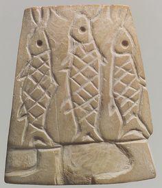 Shell inlay: skirt-clad figure carrying fish, Early Dynastic III, ca. 2600-2350 BCE, Mesopotamia, Nippur, Sumerian.