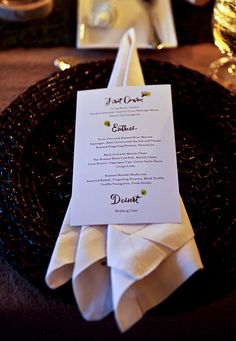 Diy wedding menu ideas do it yourself wedding ideas pretty this lakeside wedding menu that includes a farmers market hors doeuvres station of paninis home made potato chips and fresh fruit solutioingenieria Gallery