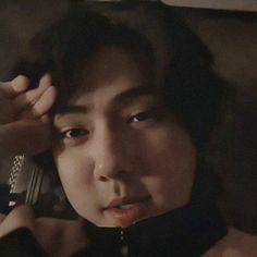 Sehun Vivi, Chanyeol, I Need Vacation, Sora Choi, Hunhan, Beige Aesthetic, Kpop Boy, Chen, Boys