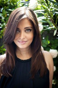 47 Ideas For Haircut For Round Face Shape Shoulder Length Layered – – Hair – Hair is craft Easy Hairstyles For Medium Hair, Haircuts For Long Hair, Hairstyles For Round Faces, Long Hair Cuts, Trendy Hairstyles, Straight Hairstyles, Beautiful Hairstyles, Hair Cuts Shoulder Length Face Shapes, Round Face Long Hair