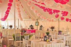 Cómo decorar la carpa en una boda #Entrebastidores http://blog.higarnovias.com/2015/01/23/decoracion-de-carpas/#more-1006