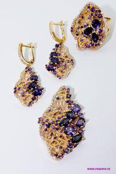 Pk Rozaoro - Google+ Aur, Jewlery, Crochet Earrings, Sign, Drop Earrings, Google, Jewerly, Schmuck, Jewelry