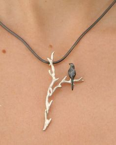 Necklace | Lisa Cimino.  Sterling and oxidized silver