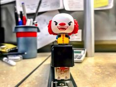 Just clowning around at work. #PSHHappyHour #funko #pintsize #toys #StephenKing #horror #Derry #IHeartDerry #Pennywise #clowns #creepy #scary #funko #mini #balloons #float #creepyclowns #creepyclown #fearofclowns #tastyfear #fear #boat #pennywisethedancingclown #DoYouWantABalloon #WeAllFloat  @OriginalFunko