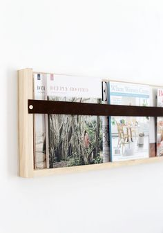 DIY Plywood & Leather Magazine Rack - DIY Ideen für Mamas - I'm back from the most incredible 10 day trip across Utah with some family & friends! Cheap Home Decor, Diy Home Decor, Home Design Diy, Design Ideas, Home Decoration, Garden Decorations, Book Design, Cover Design, Layout Design