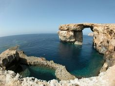 Gozo - Azure Window - island look