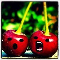 Ahhhhhh I'm a screaming cherry