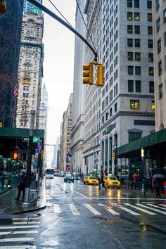 NYC photograph of a Manhattan street with yellow cabs on a rainy day. Empire State Building, Photographie New York, Central Park, Street Art News, City Aesthetic, Manhattan New York, Dream City, Urban Life, City Photography